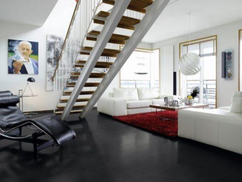 Tamsios spalvos grindys